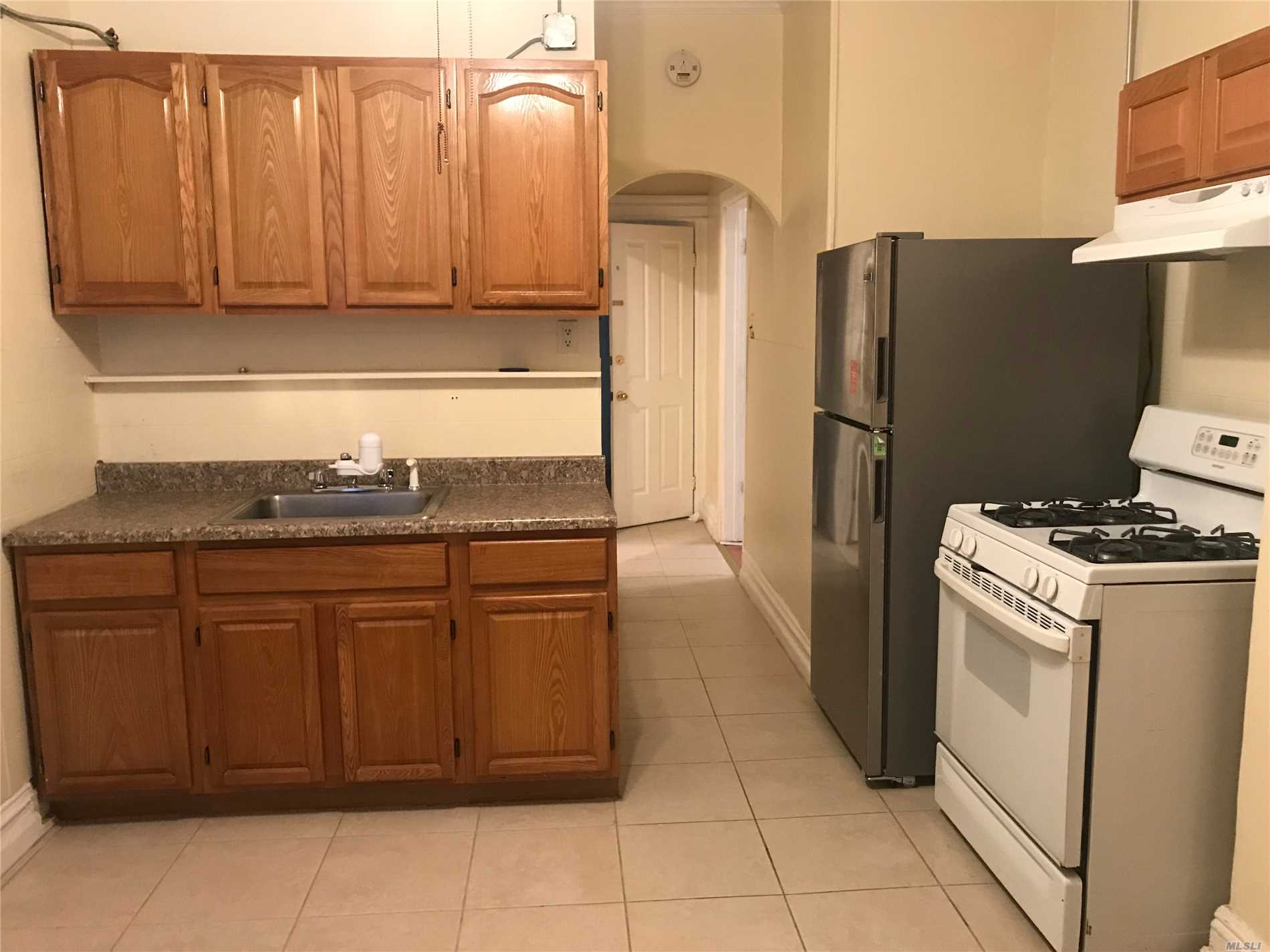 **Available** Spacious 3 Bed Rooms 1 Bath. Landlord Pays For Water And Heat. Close To Schools, Bus (Q29, 47, 54), Recreation Park And Shopping Center At Atlas Park. Flexible Showing.