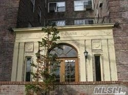 Large 1 Bedroom With Separate Dining Area, Great Views, Beautiful Wood Floors, Long Entrance Way. Two Elevators, Top Floor
