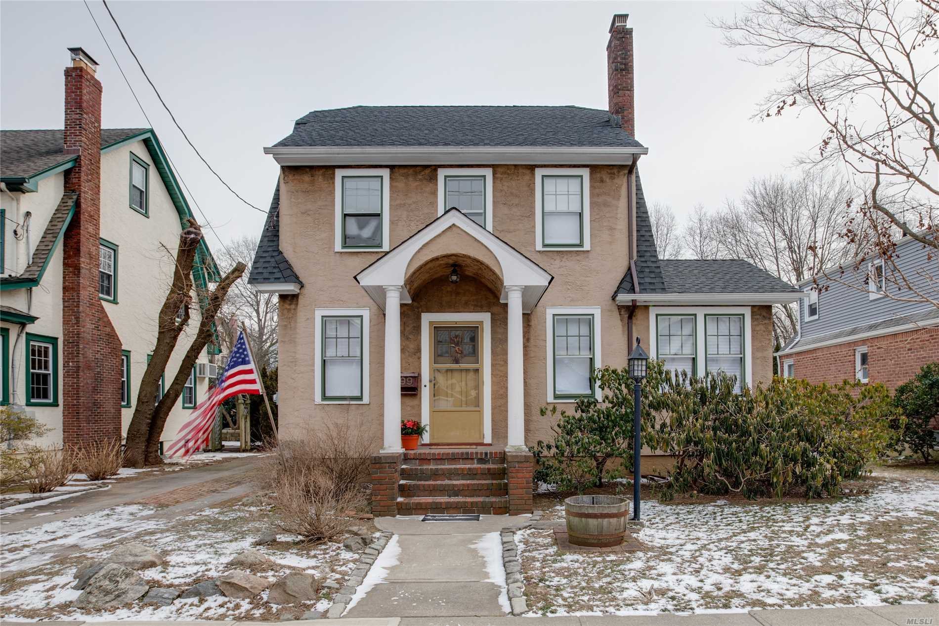 Lovely Dutch Colonial On Prime Block In The Heart Of Floral Park Village. Oversized 60 X 100 Property With Mid-Block Location. Nice Size Living Room With Fireplace. Old World Charm, New Full Bath, Lovely Wood Floors Throughout And Wonderful Sunlight. A Couple Of Blocks From Lirr Station, Shopping, Restaurants, Schools & Recreation Center With Pool.