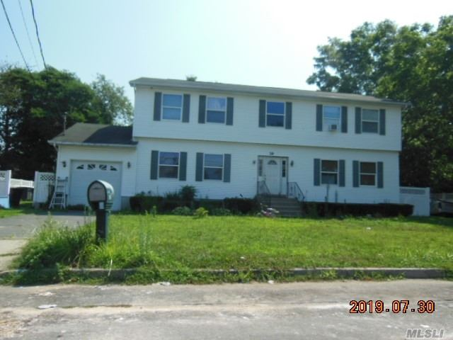 Large Colonial Style, Garage 100X100 Lot