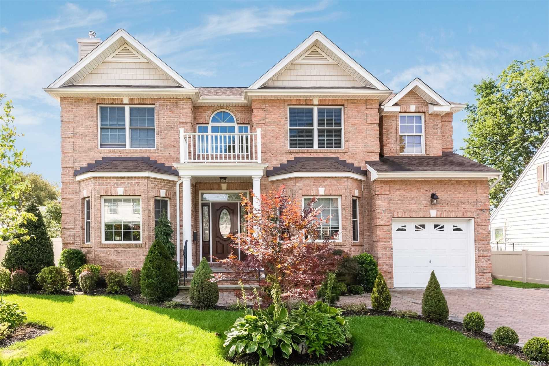 2014 New Constr col W/Soaring 2 Stry Entry, Open-Flr Concept. Fml Lr W/Gfp, Enormous Gourmet Eik W/ Adj Family Rm & Fml Dr. Hwd Flrs Throughout. 2nd Flr Offers Oversized Master With Luxurious Ensuite Bath & His/Her Walk-In Clsts. 3 Add'l Br, Hall F.Bth & Laundry Rm. Bsmt W/8' Ceilings, Gym, Media & Rec Areas & Ose.Lndscp Grounds W/Patio & Koi Pond. Herricks Schools.2019 Taxes Of $21, 757.25 Reflect A Reduction Of Over $4, 000 From 2018 Taxes. See attached 6.6% tax reducton letter for 20/21 tax.