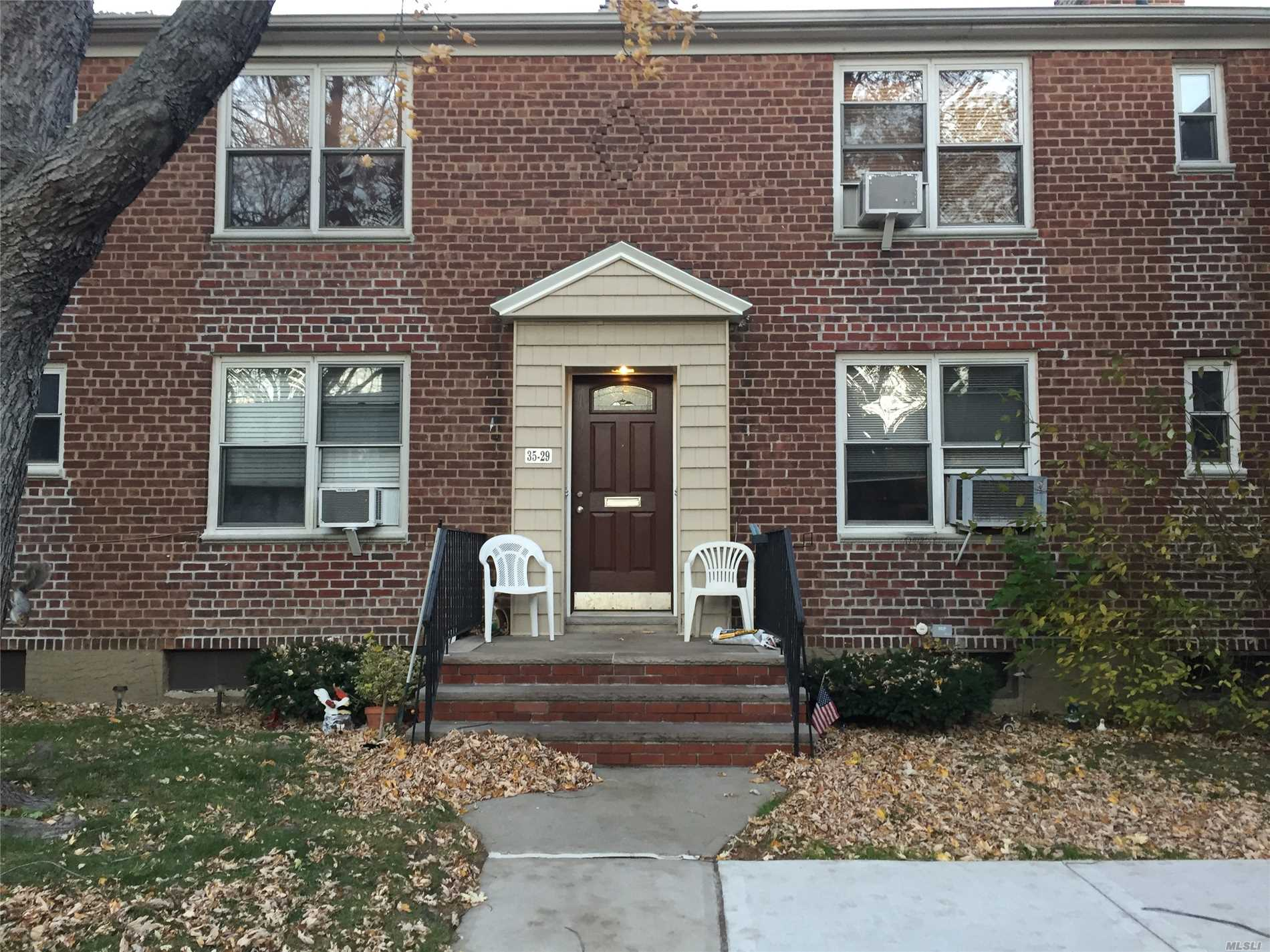 Baydale Tenants Co-Op. Spacious 1 Bedroom On 2nd Floor. Quiet Tree Lined Street. Close To Lirr, Bus, Shops, Hways. 100% Equity. Maintenance Increase March 1.