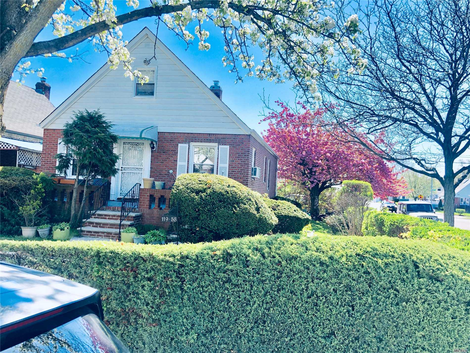 No Offer Considered Accepted Until Contracts Are Fully Executed and deposit check is clear in sellers attorney escrow account Amazing One Family 4 Bedrooms , 2 Full Bath Corner Property With Pvt Driveway And 2 Car Garage...