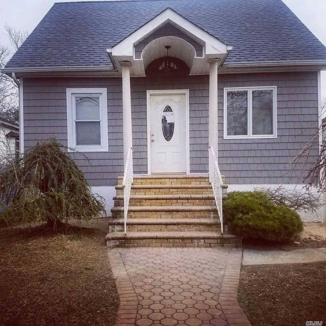 **Renovated Home**Amazing 3 Bedroom Cape Fully Done And Ready To Move In.. Full Finished Basement