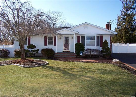 Mastic Ny Real Estate Homes For Sale Millriverrealty Com