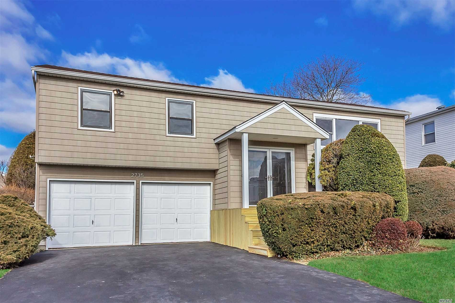 This Beautiful High Ranch Located In South Bellmore Is Ready For You! 2216 Square Feet, 4 Beds, 3 Baths, Great Layout And Tons Of Storage, Has Master En-Suite. Freshly Painted, Newly Refinished Hardwood Floors. Newer Roof, Siding Roof And Windows.