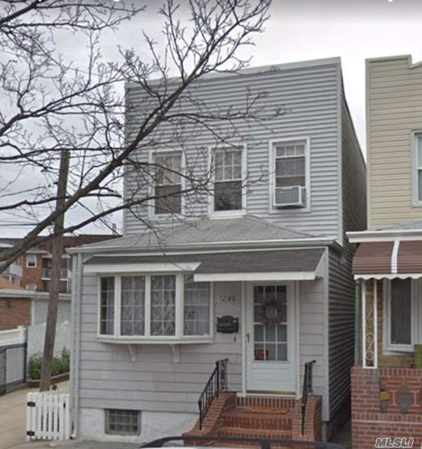 One Family In Middle Village For Sale. Dining Room & Living Room And Kitchen On The First Floor. Three Bedrooms & Full Bath On The Second Floor. Full Finished Basement . Boiler And Heating System Like New.Just Off Metropolitan Ave - Close To Shopping & Transportation. 10 Min Away To Juniper Park