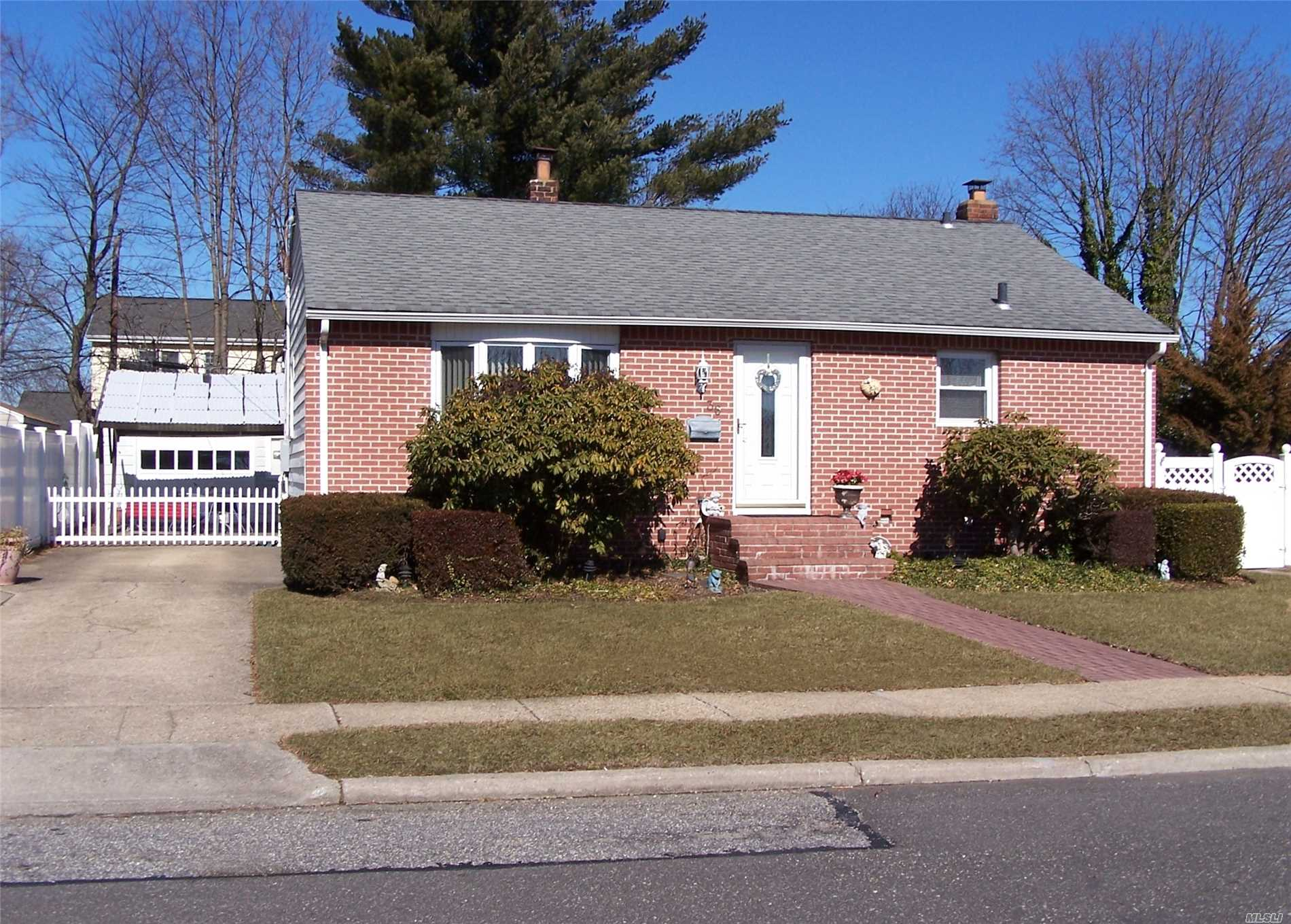Well Maintained Brick Ranch With Room For Mom! Beautiful Hardwood Flooring, Lr With Bay Window. Full Fin Bsmt. Great Closet Space Thru-Out. Pull Down Attic Storage. Updated Windows, 2 Yr Old Electric, Updated Gas Burner Dual System. New Front Door, Exterior Lights, Detached Garage, Bethpage Schools! Close To All!