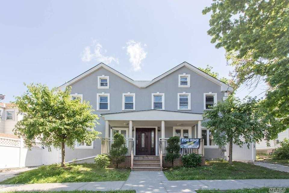 Over 1000 Sq Ft Living Space With 3 Bedrooms, 2 Full Baths, Kitchen, Dining Room And Living Room Combine & Central Air. Washers & Dryer Available.. All Utilities Are Included! Walking Distance To Whitestone Shopping Center, Transportation. Move Right In