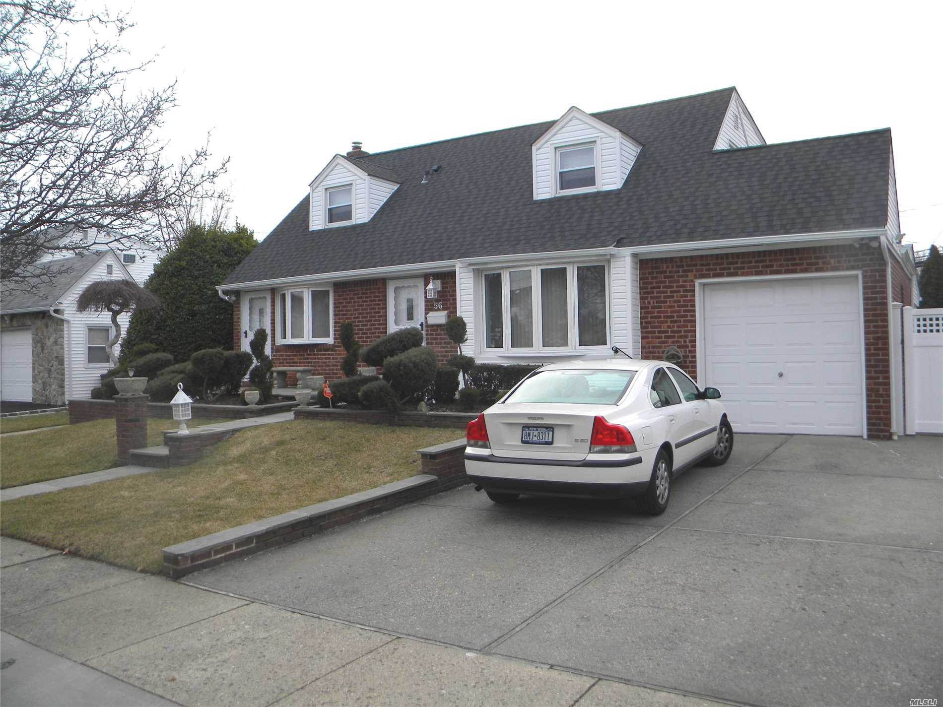 Birchwood Home/Island School Dist.Patio +Awning/Fully Fenced Yard/ Beautifully Landscaped/( 2 Bay Windows-Lr+Dr).Blue Stone Front Patio. 2 Car Driveway/New 220 Amp Service.+New Roof+New Windows!! S.S Appliances, Freezer In Basement .Garage Has Attic., Fully Alarmed, Sprinkler Lawn System , Det. Dutch Shed In Yard, Front And Rear L.E.D Spotlights. Elec. Garage Opener. Furnace Has Humidifier+ U.V. Walk To All Shops, Close To All Highways And Schools. Filtration System On Water Line.