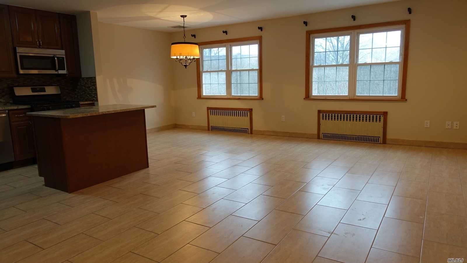 Beautiful Like New. Granite Counter Top And Island Kitchen, Sep Washer And Dryer, Cac, Near Little Bay Park & Fort Totten Good For Running And Walking, Close To Bay Terrace Mall, Too Many Things To List.. Must See!
