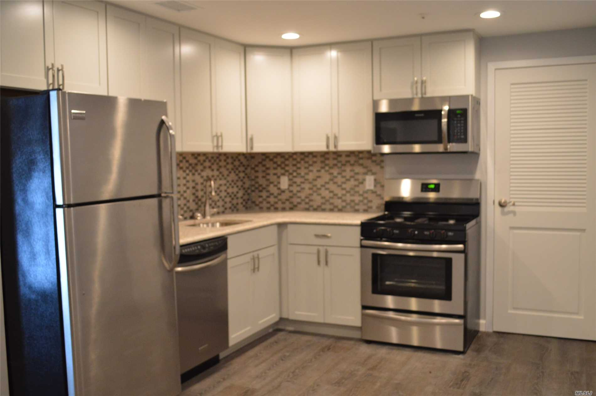 Completely Renovated! Everything Is New, Including Kitchen And Appliances, Both Baths & All Flooring!!! Great Community With Club House, Indoor & Outdoor Pools, Golf, Gym, Sauna & Tennis Courts. The Club House Is A Short Walk From This Home. Good Credit Score Is A Must For This Landlord.