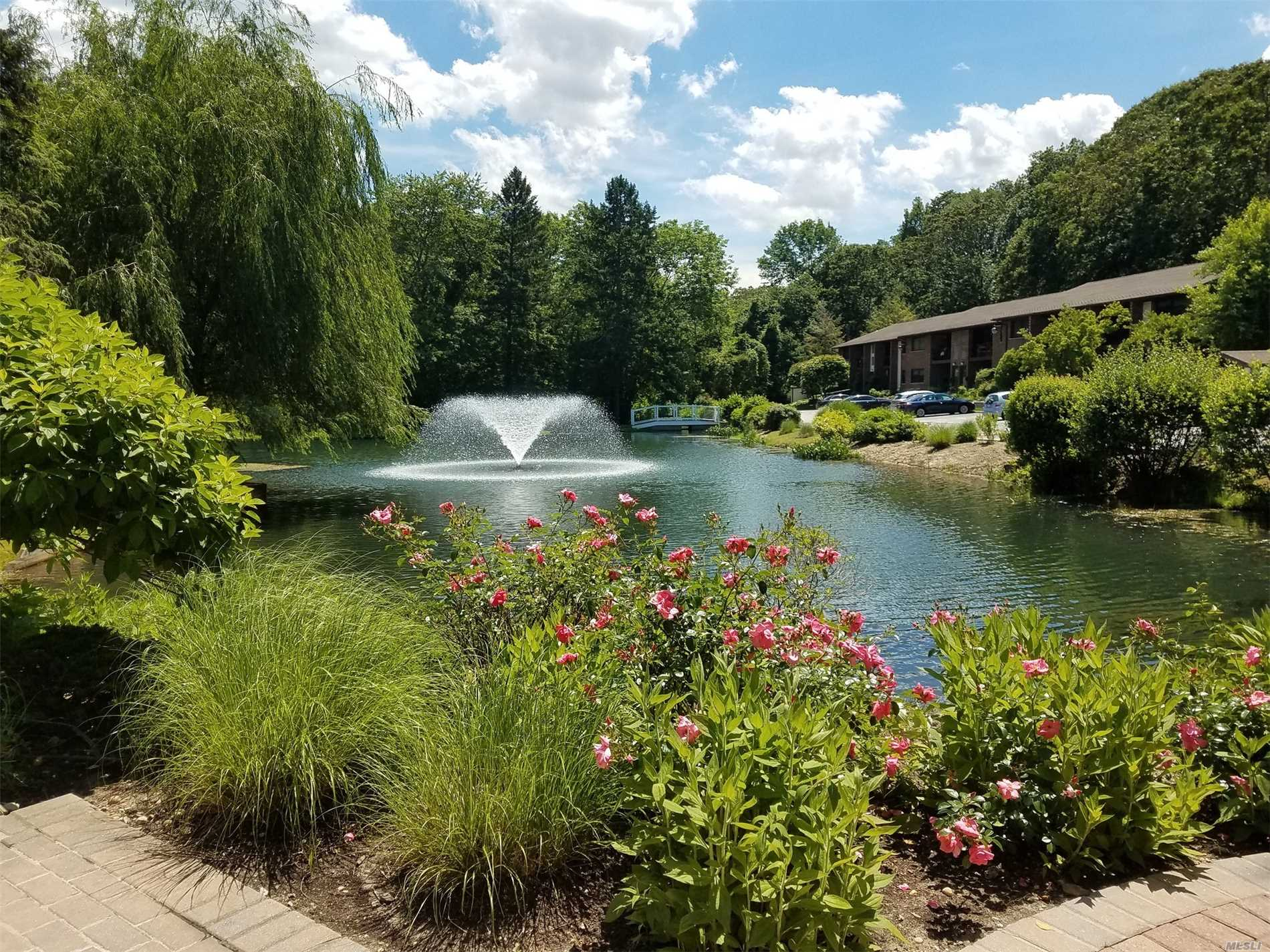 Landlord Pays Brokers Fee !!!! Beautiful Private Lake Community. Apartment Includes, Reserved Parking Spot, Fitness Rm/Snow Removal/Garbage/Sewer/4'X4'X8' Storage Locker, Cen Air Conditioning, Separate Laundry Centers. *1 Month Security Fee W/700 Experian Credit Score, 2 Months W/Min 650 Score. Two Indoor Cats + 1 Dog Under 30Lbs Allowed
