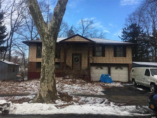 Hi Ranch Style Home. This Home Features 4 Bedrooms (Or Three And Office), 1.5 Baths, Living Room/Dining Room Combo, Eik, Family Room With Fireplace And A 2-Car Garage. Home Is In As Is Condition. Sidewalks And Dead End Street.