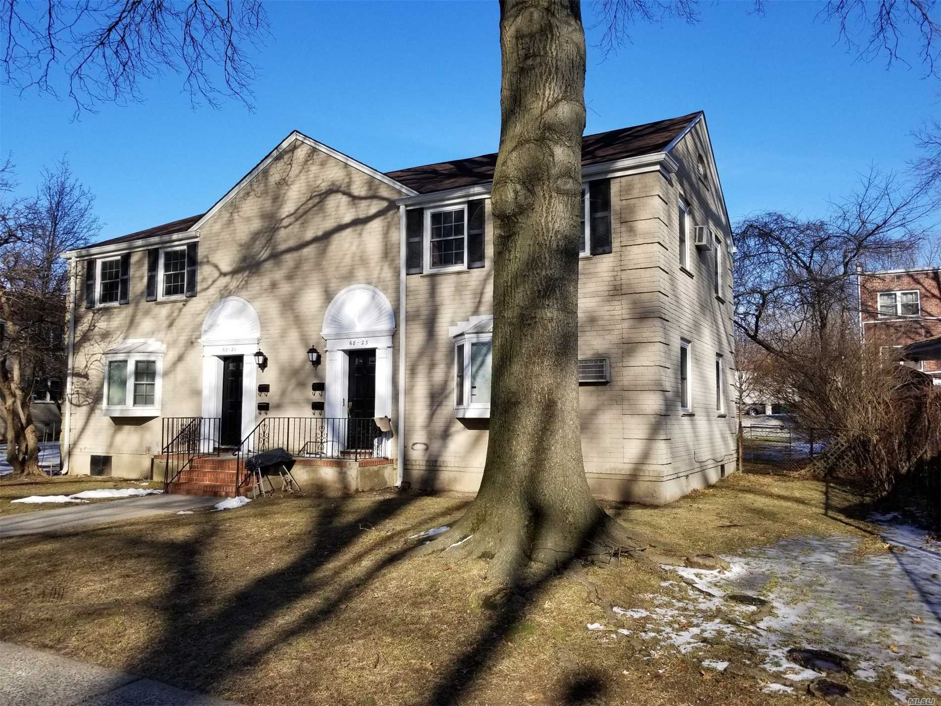 Very Attractive First Floor One Bedroom Co-Op Apartment For Sale. Features Large Living Room. Large Bedroom. Full Mod. Bathroom. Small Eat-In-Kitchen. Dog Allowed. Close Proximity To Local/Express Buses, Shopping & Alley Pond Park