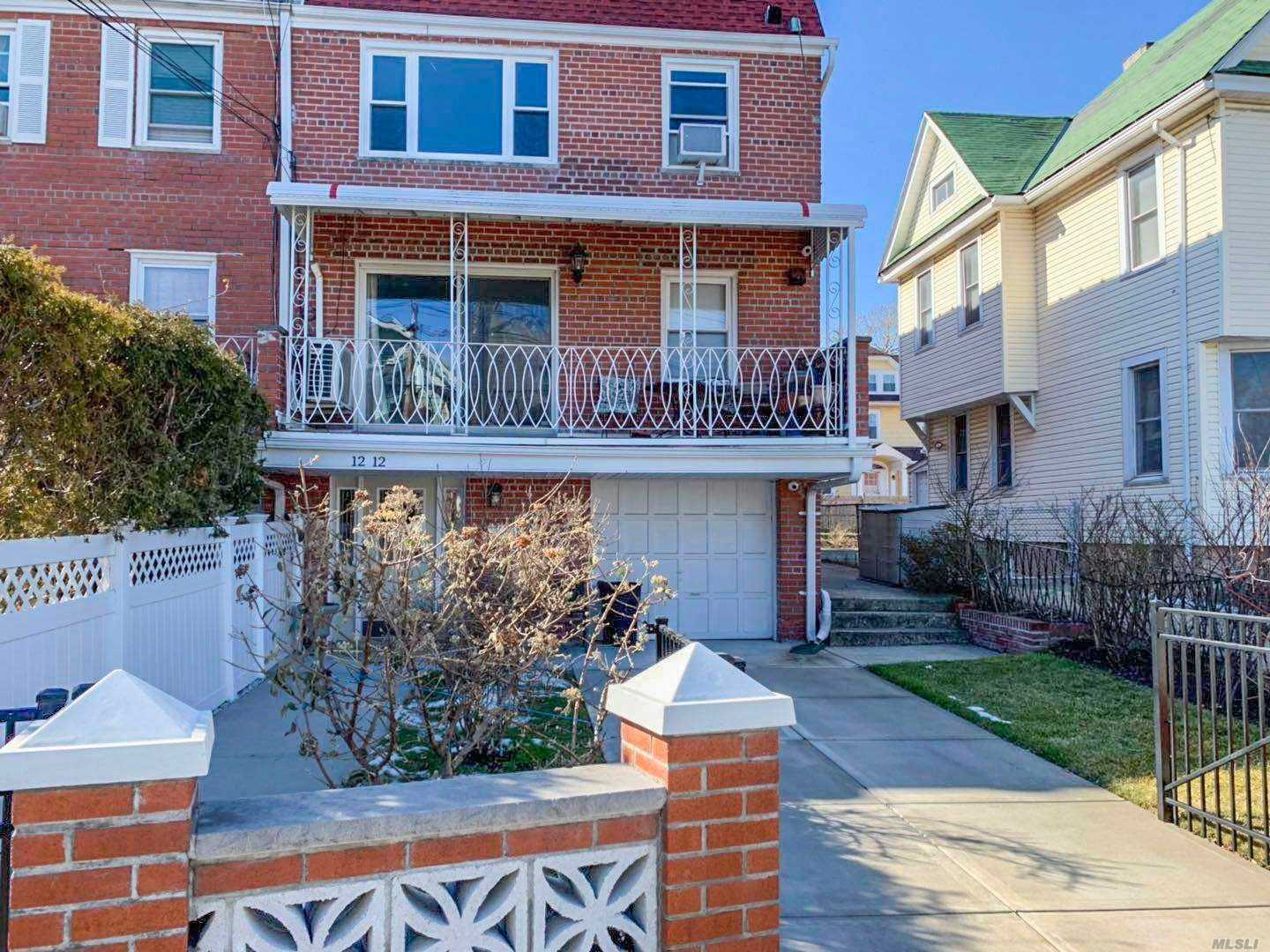 Fully Renovated 3 Bedrooms, 1.5 Baths, Brand New Kitchens, Living Room And Diner Room Combine. Over 1176 Sqft. Income And Credit Check. Heat And Hot Water Are Included. Asking $2300/Monthly. Walking Distance To Shopping Center, Restaurant, Transportation. Street Parking!