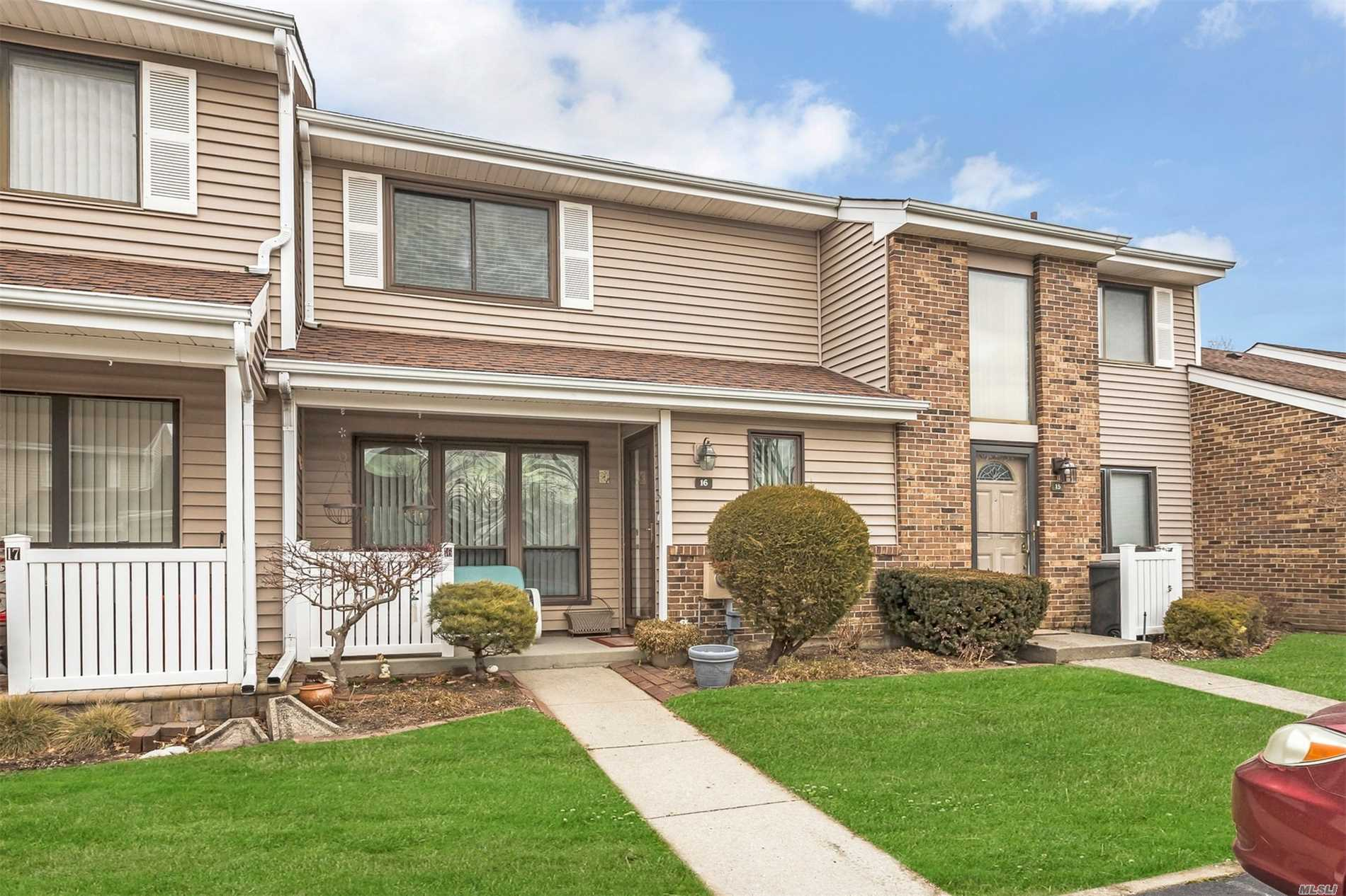 Live In A Beautiful Gated Community Of Hidden Ponds. Spacious 2 Bedroom, 1.5 Bath With Formal Dining Room, Eat In Kitchen, Large Master Bedroom And Complete Privacy Setting On Your Patio.