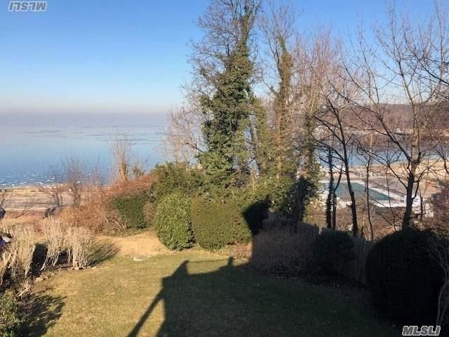 Sophisticated Living On Long Island's North Shore! Handsome 2nd Floor Apartment Featuring Striking 1 Bedroom, Updated Eat-In-Kitchen, Bath And Living Room With Stunning Water Views. Hardwood Floors, On-Site Parking, Heat And Electric Included.