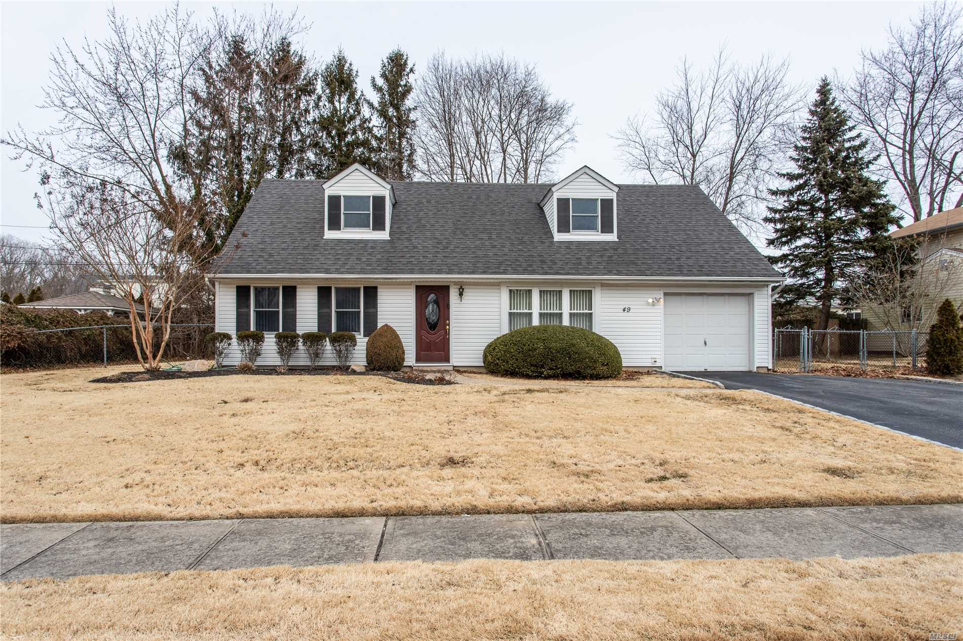 Look No Further! Meticulously Maintained And Updated Expanded Cape In The Famed Birchwood Section. Spacious Rooms Include Living Room, Formal Dining Room, Den, 4 Bedrooms, 2 Updated Baths, Updated Kitchen, Siding, Roof,  Windows And Heater. Curb Lined End Of Street Location. Comsewogue Schools - Won't Last!