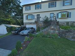 3 Bedroom Duplex with many custom features, laundry in unit, upscale and impeccable, granite counter tops, sundeck, fenced yard, private parking is available  New Rochelle offers a vibrant downtown,, private beach, award winning parks, recreation and schools. Plus a short train ride to NYC.