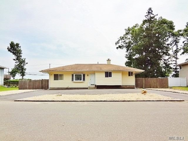 Beautiful Ranch W/Cul-De-Sac Location. Features Include Newly Renovated Eat-In Kitchen, Master Bedroom W/Private Bath, 3 Additional Bedrooms, And Full Bath, All Newly Painted, Central Air Conditioning, 200 Amp Electric, 2 Zone Heat, Full Basement With New Oil Tank, And Newer Roof. Sunroom/Porch, Circular Driveway, Shed, And Fenced Backyard W/Inground Pool, New Liner And Filter. Minutes To Vineyards, Shopping, Beautiful Beaches, And Much More. Welcome Home!