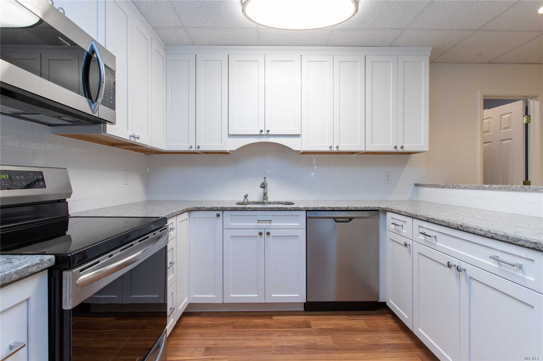 Prime Northport Village Location! All New Features Stainless Steel Appliances, W/ Dishwasher And Granite Counter Tops. Washer & Dryer, Beautiful Huge One Bedroom, One Bath, Living Room W/Sliders To Yard. Rent Inc. Heat, Cac, Electric, & Water. No Smoking, No Pets -- Do Not Ask. Short Distance To Downtown Village, Shops, Restaurants, Theater And Dock. A Must See!!