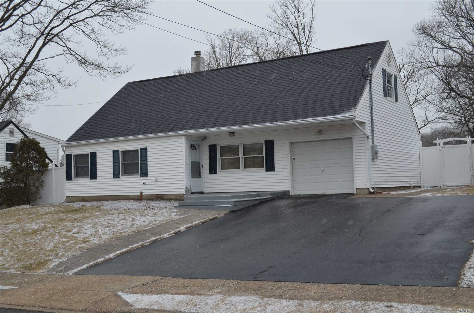 Newly Renovated Home With Brand New Kitchen With Granite And Stainless Steel Appliances, 2 New Baths, Bonus Room, New Laminate Floors And Carpet, New Heating System, Mostly New Sheetrock, Recessed Lights And Updated Electric (200 Amp), In-Ground Pool (Liner Is Slipping, Seller Will Give $3, 800 Credit For Repair).