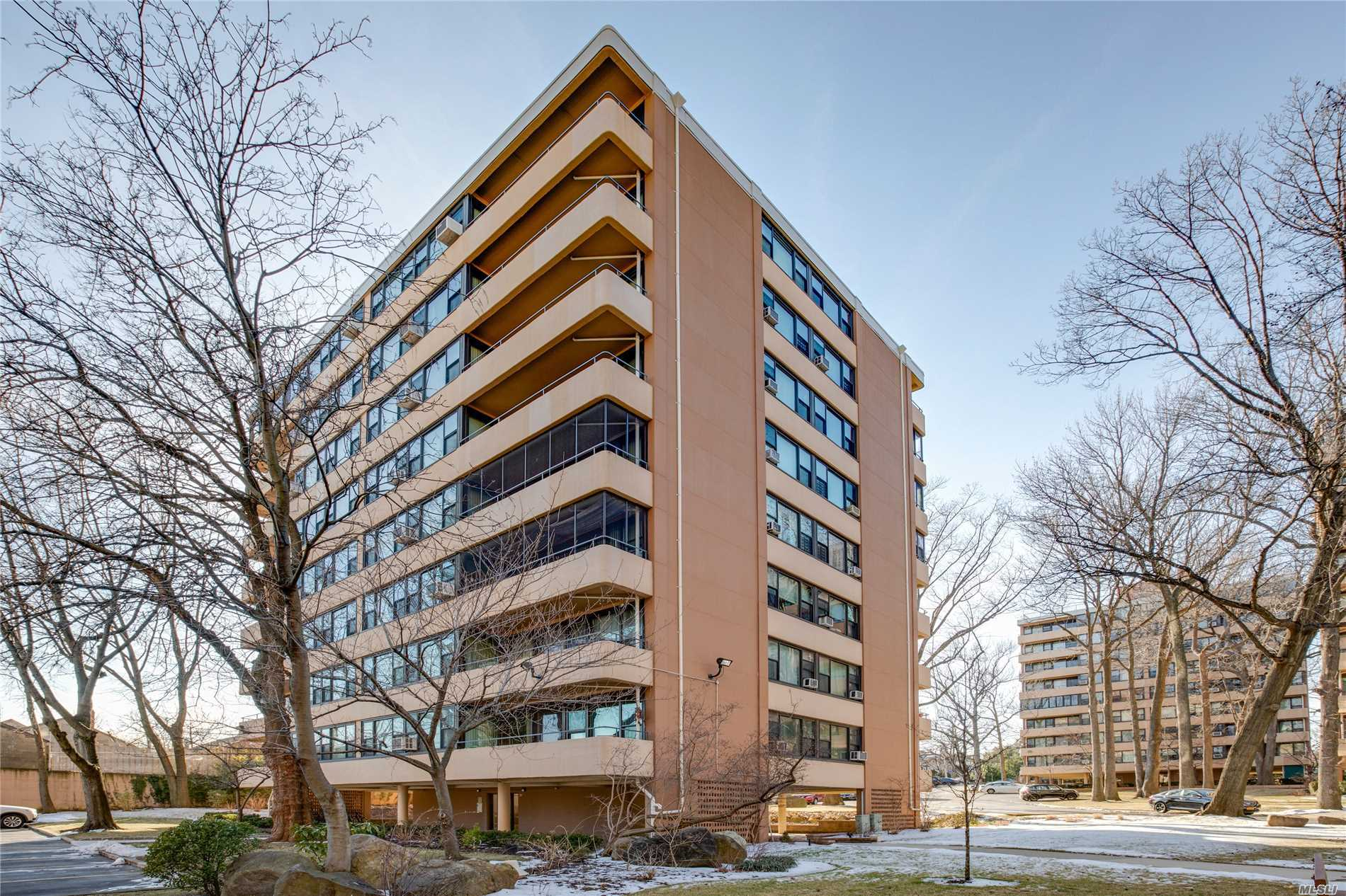 Beechhurst Le Havre 2 Bedroom Apartment With Desirable Eastern Exposure. Enjoy The Morning Sunrise With Expansive Views Of Beechhurst, Bayside And Throgs Neck Bridge. The Renovated Kitchen And Bath, Prime Location And Parking Space Make This An Excellent Opportunity For All! Le Havre Development Offers 2 Outdoor Pools, Tennis, Gym & Cafe. Express Bus To Nyc And Local Bus Q15 To Flushing.