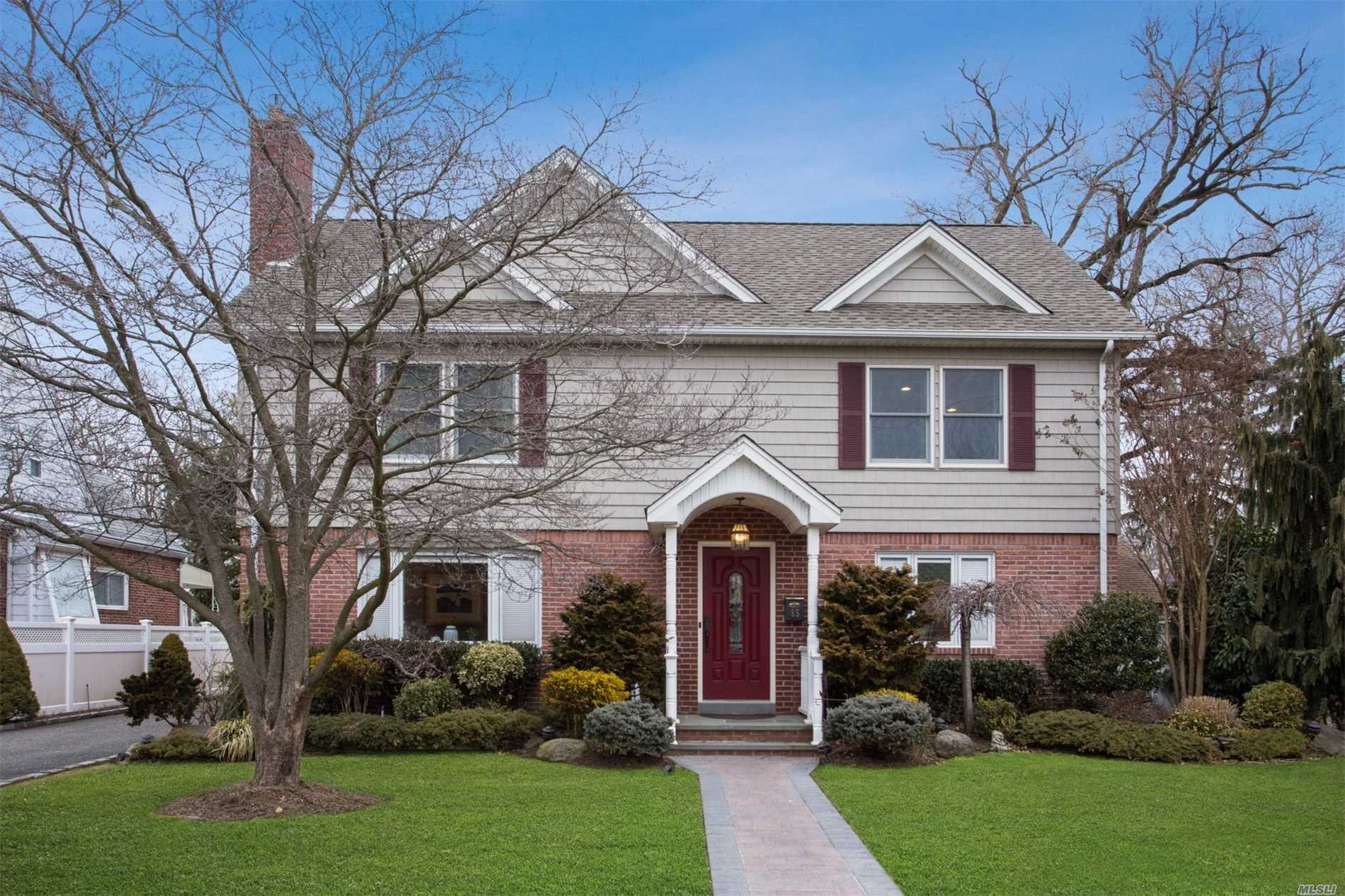 Mint Condition Colonial In Heart Of Malverne, Lg Living Room W/Gas Fp, Entry Fyer W/Coat Closet, Chefs Eik, Dining Rm, Den, Fb, Office, Guest Room 1Stfl.Lg Master W/Walk In Closet & On-Sute Shared Bath, 2Lg Bedrooms On 2nd Fl. Central Air, Built-In Pool And So Much More! A True Home!