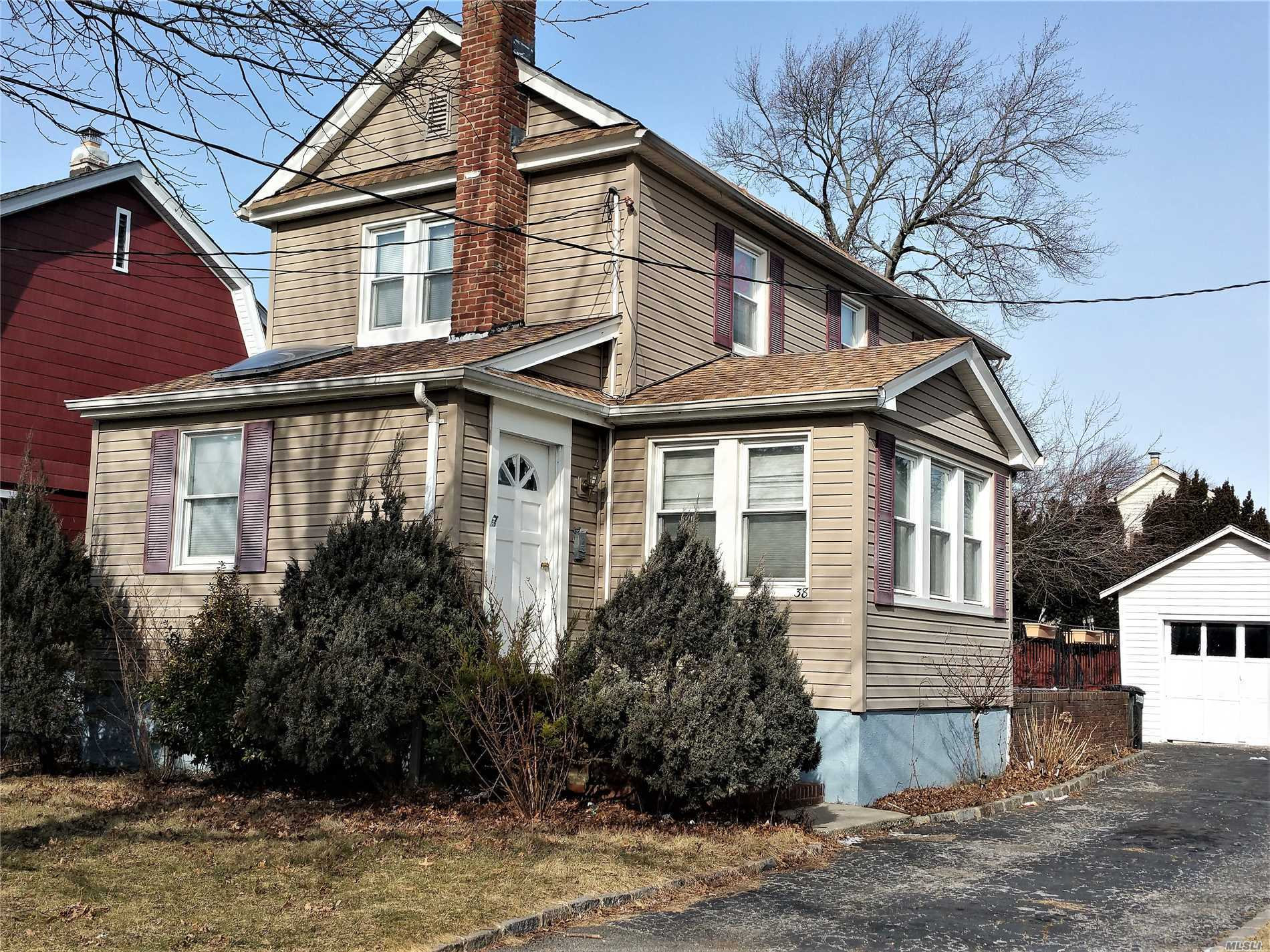 Sunlight Filled Colonial Only 5 Minute Walk From Train Station & Stores! Perfect Layout Has 1st Floor Large Living Room With Fireplace, Large Formal Dining Room, Eat-In Kitchen With Gas Stove, New Half Bath. 2nd Floor Has 3 Bedrooms And New Large Full Bathroom With Jacuzzi. New Hot Water Heater, Washer/Dryer & Roof. Low Taxes. This Is A Fantastic Buy!