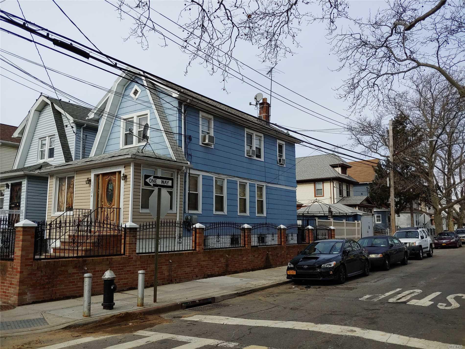 Nice 1 Family Detached House, Garage, Corner Property...Wont Last!!!!