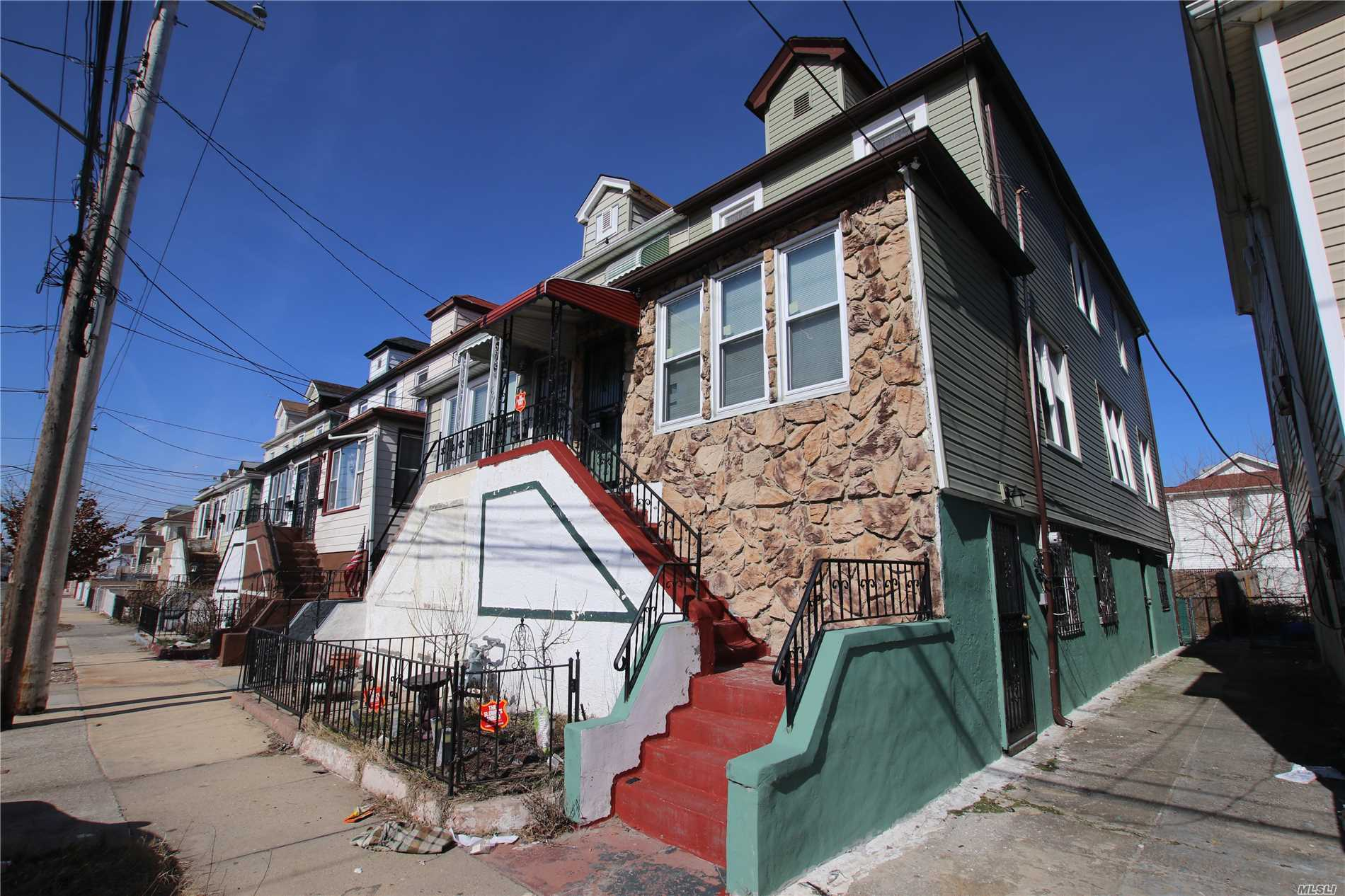 Great Semi-Detached House In The Rockaways, This Area Is Heavily Up And Coming. Imagine Living Steps From The Beach And Wildlife Sanctuary's. Act Fact Before This House Sells.