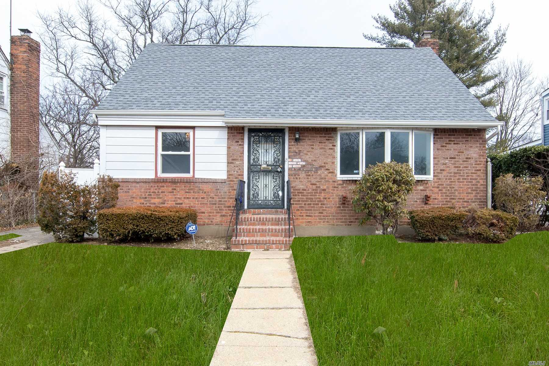 Renovated Home, New Kitchen, Freshly Done Hardwood Floors, Updated Bathroom, Formal Dining Room, Unfinished Basement. Near Public Transportation , And Shopping Centers..