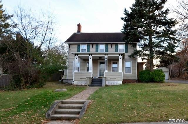 Cute & Cozy 4 Bedroom Colonial For Rent! Front Porch, Formal Dining Room, Living Room, Eat In Kitchen, 2 Bedrooms, Full Bath. 2nd Floor: 2 Bedrooms, Full Bath. Full Unfinished Basement With Laundry. Award Winning North Shore Schools.
