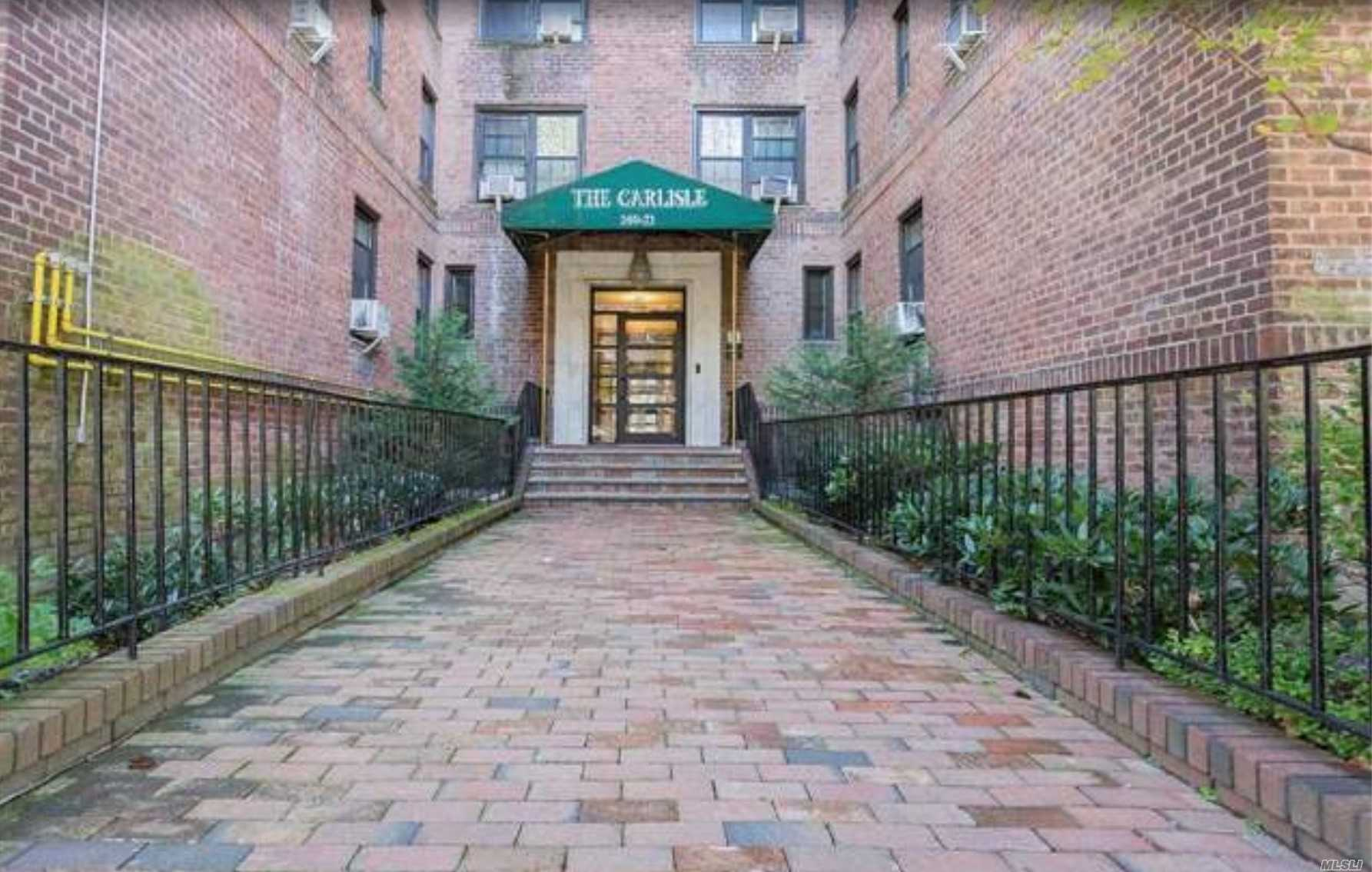 ***Investors Only / Apartment Has A Long Term Rent Stabilized Tenant And Pays 955/M*** No Board Approval Required! Rarely Available 1 Bedroom Coop In Briarwood .Hardwood Floors, Lots Of Closets. Building Conveniently Located Close To F Train, Express Bus To The City, Banks, Molloy Hs, St. John's University, Queens Blvd & Main St. Shopping Area. All Major Highways. Won't Last