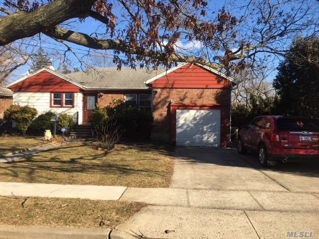 Beautiful Home In Great Neighborhood. Great Property. Close To All. All Information Deemed Accurate But Must Be Verified By Purchaser.