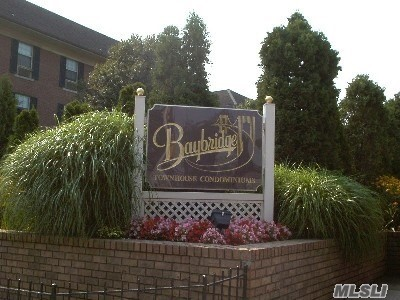 Baybridge Condominium, Quiet Court Location, Luxury Complex, 24 Hour Security, Updated One Bedroom, Lots Of Closets, 2 A/C, Beautiful Patio Perfect For Entertaining, Reserved Parking, Storage In Basement, Washer And Dryer, Walk To Buses And Shopping, Health Club, 2 Swimming Pools, Tennis , Racquetball, Pets Welcome.