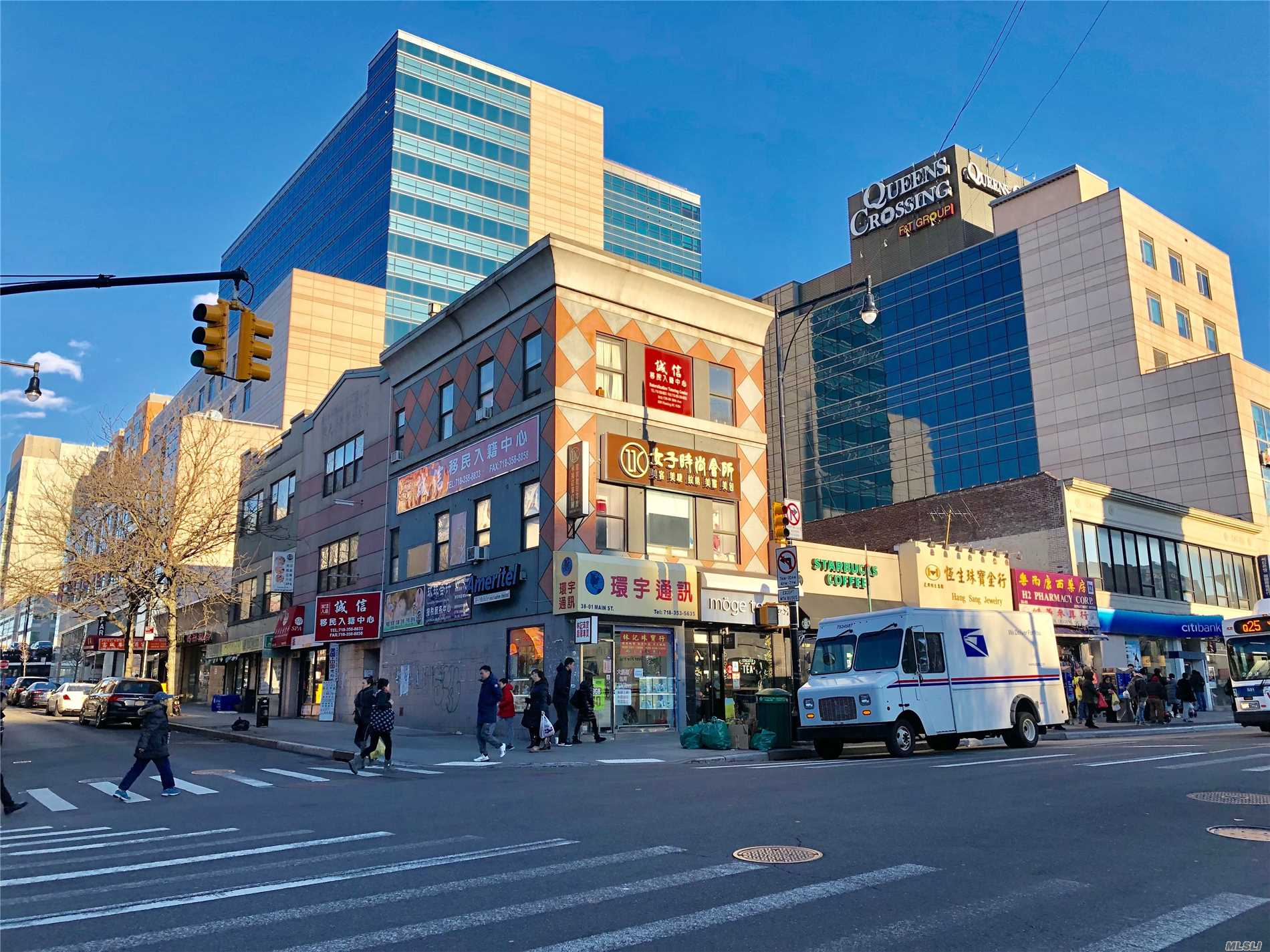 Excellent Location! Right On Main St And 38 Ave, Two Short Blocks For #7 Train Station. Office Space Around 450 Sq For For Rent , Including All Utilities Except Internet. Must See!