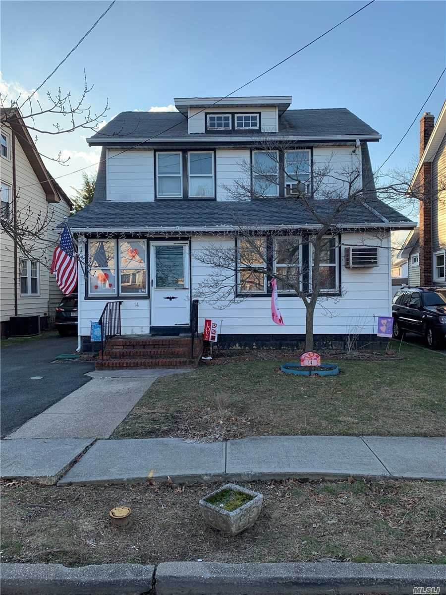 Fabulous 2 Family Investment Opportunity In Sd#20(Lynbrook) First Flr 3 Br, Bth, Eik, Lr, Dr & Fin Bsmt. 2nd Flr Apt 1 Br, Bth Lr, Kit.Tenants Willing To Stay Or Can Be Delivered Vacant. Nice Yard. Det Garage.