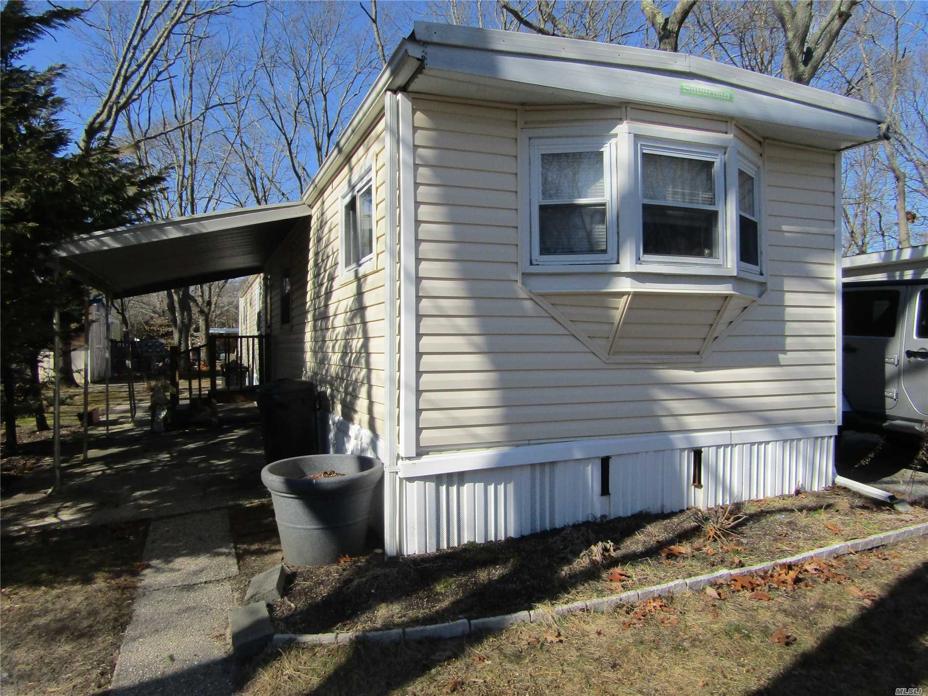Family Park. Vinyl Sided. New 275 Gallon Oil Tank. Park. Cash Only. Land Lot Fee Is $541.00. 2 Car Driveway. 2 Br's, 2 Full Ba's, 2 Sheds.