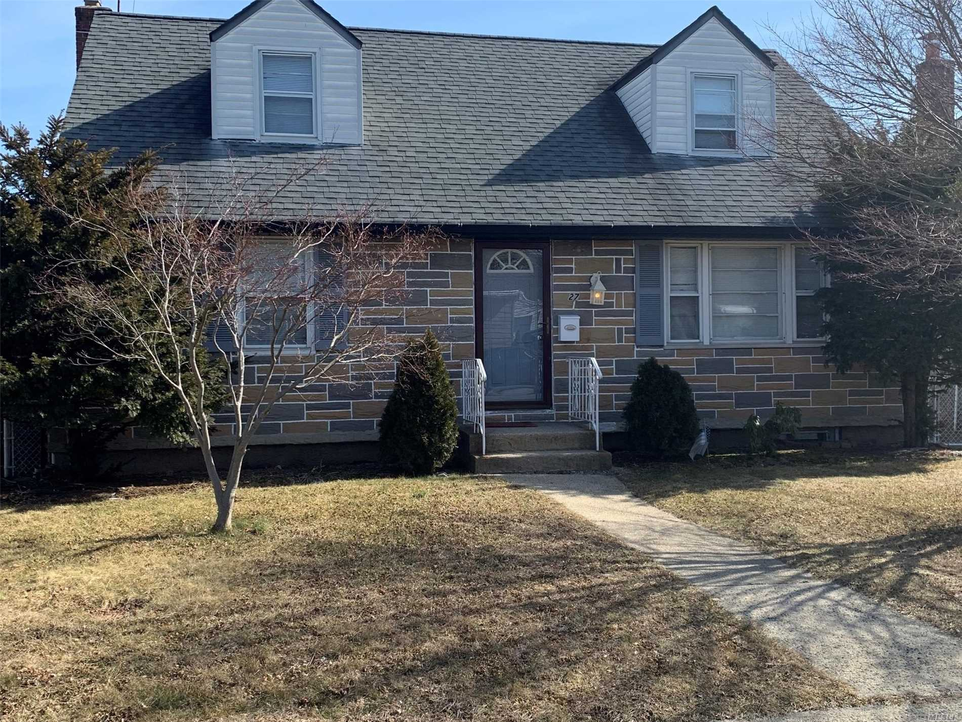 Clean And Nice Expanded Home With Formal Dining, Eat In Kitchen, Garage Finishe Bsmt, Excellent Location