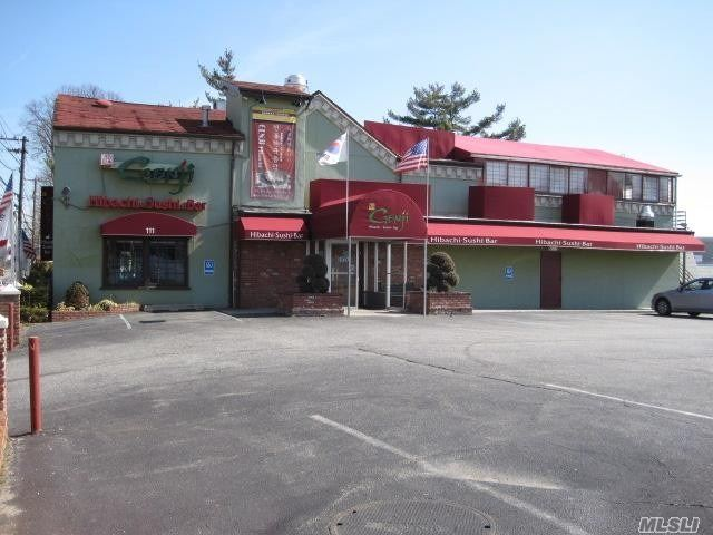 Trophy Location Across From Home Depot, Surrounded By National Tenants. Non-Stop Drive-By Traffic 24/7/365, Over 29, 000 Vpd. 49 Lined Parking Spaces. Hibachi Steakhouse & Sushi Tenant In Good Standing, 5 Yrs Into A 15 Yr Triple Net Lease, With No Landlord Responsibility Whatsoever. Located Just Off The Lie, Northern Pkwy, And Wantagh Pkwy, On Major East/West Traffic Artery. Close Proximity To Westbury Music Fair, New Viana Hotel & Spa, And Densely Populated Office Blds, & Industrial Complexes.