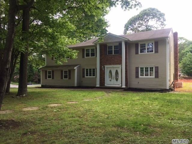 This Is A Fannie Mae Homepath Property. This Colonial Style Home Features 5 Large Bedrooms, 2.5 Baths,  Formal Living Room, Formal Dining Room,  And A Huge Den With A Wood Burning Fireplace, & An Inground Pool. Property Is Within Minutes From The Long Island Expressway, Shopping & Award Winning Schools. Tons Of Potential!