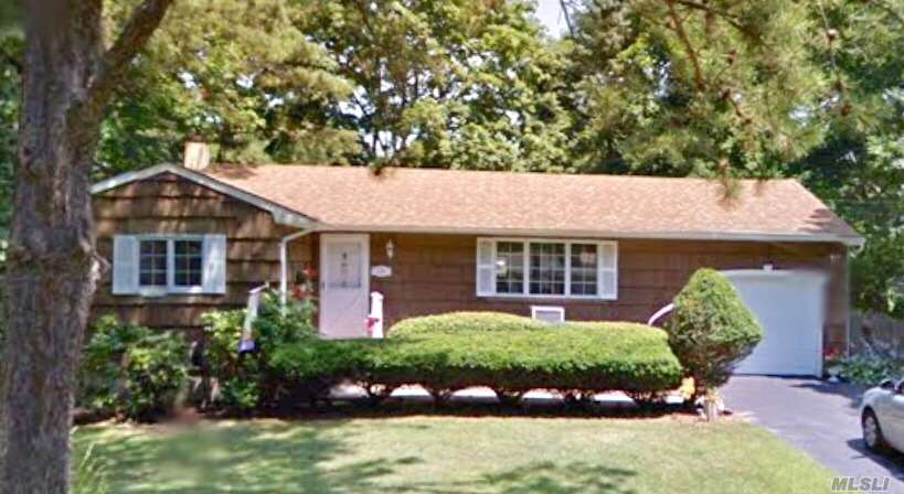 Diamond Ranch, Nestled On A Lovely Landscaped Lot Featuring A Large Living Room, Formal Dining, Eat In Kitchen, 3 Bedrooms, 1 Bath. Gorgeous White Oak Flooring Just Recently Refinished. 1 Car Attached Garage And A Full Unfinished Basement. Pack Your Bags And Call It Home.
