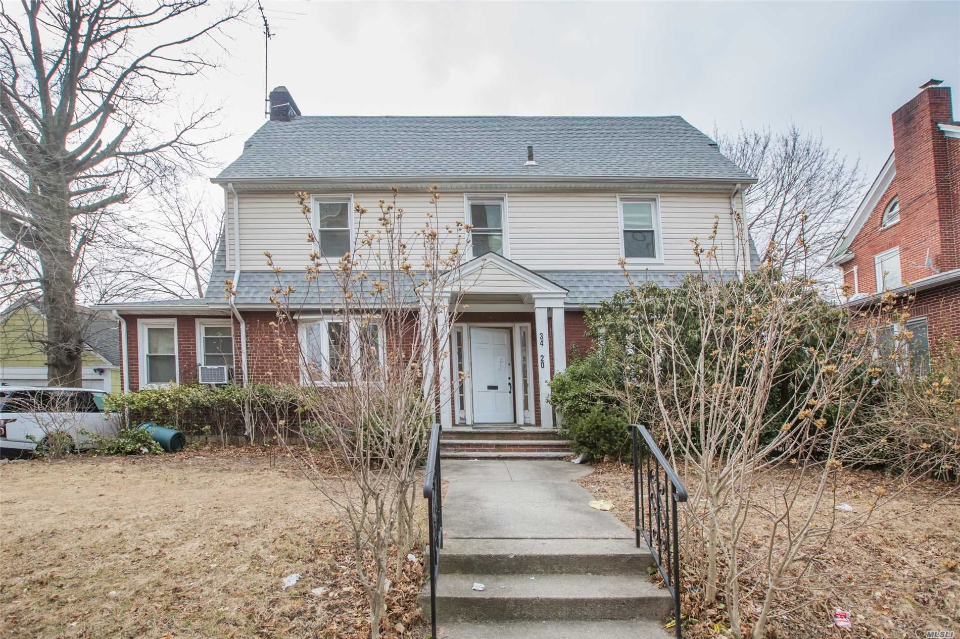 Beautiful Large 5 Br, Huge Lr. Eik, Sun Room, Renovated 31/2 Ba, Hardwood Floors,  Big Backyard. Separate Entrance, One Block Away From Northern Blvd,  School District# 25. No Pets Allowed, Must Have Credit Report And Proof Of Income.