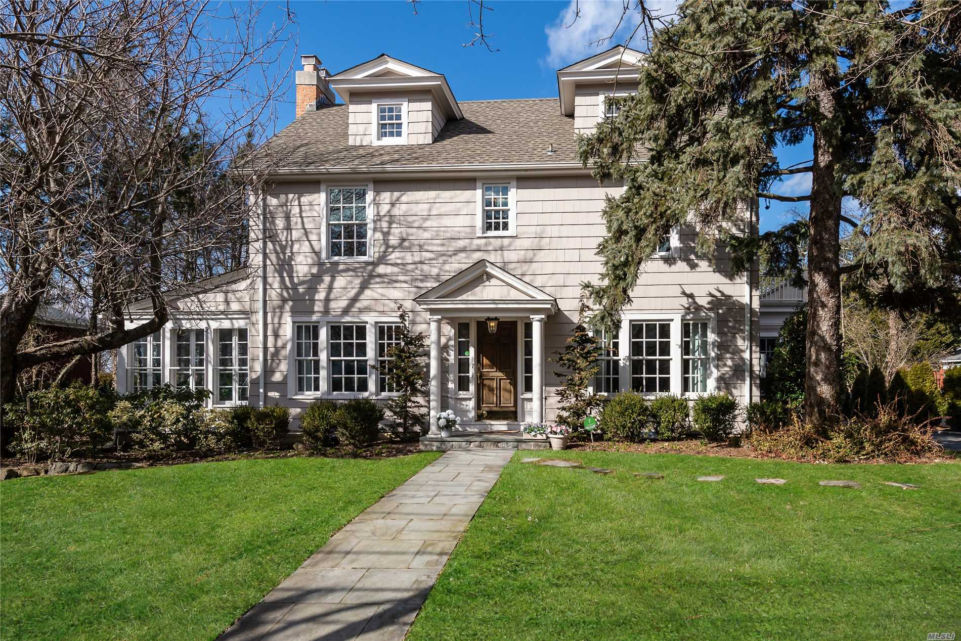 Beautifully Updated 5 Bed, 5 Bath Classic Center Hall Colonial W Modern Amenities. Gracious Foyer Opens To Lr With Fp & French Doors To Sunroom, Fdr. Chefs Kitchen - Wolf, Subzero, Marble Island, Butlers Pantry Overlooks Family Rm W Gas Fp. Mudroom Off Kitchen. Master Suite W Luxury Bath, Balcony & Huge Closet. 4 Generous Family Bedrooms. This House Has A Great Flow. Lower Level Offers Playroom, Office, Laundry, 1/2 Bath. Lovely Patio & Backyard. Beach & Mooring. Taxes Successfully Grieved.