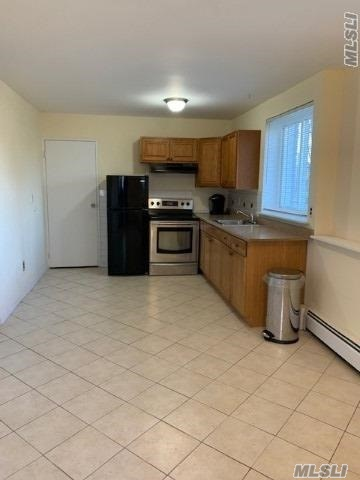 1 Bedroom Apartment, full bathroom, kitchen