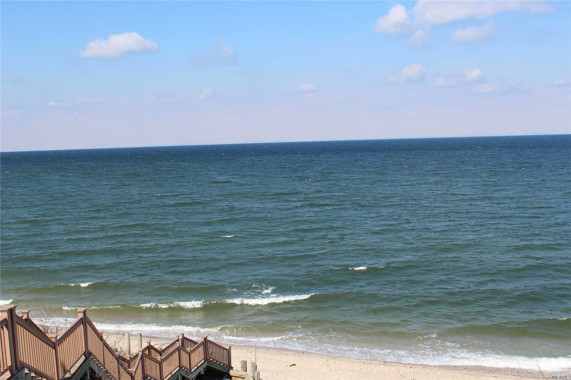 YEAR ROUND COMMUNITY! Beach Cottage with 2 Bedrooms possibly 3. Living Room, Kitchen, Bath, Loft, Deck, Newer Windows Throughout, Private Beach Access, Community Laundry, and Playground. Located Near Beaches, Golf, Vineyards Tasting Rooms, Restaurants.