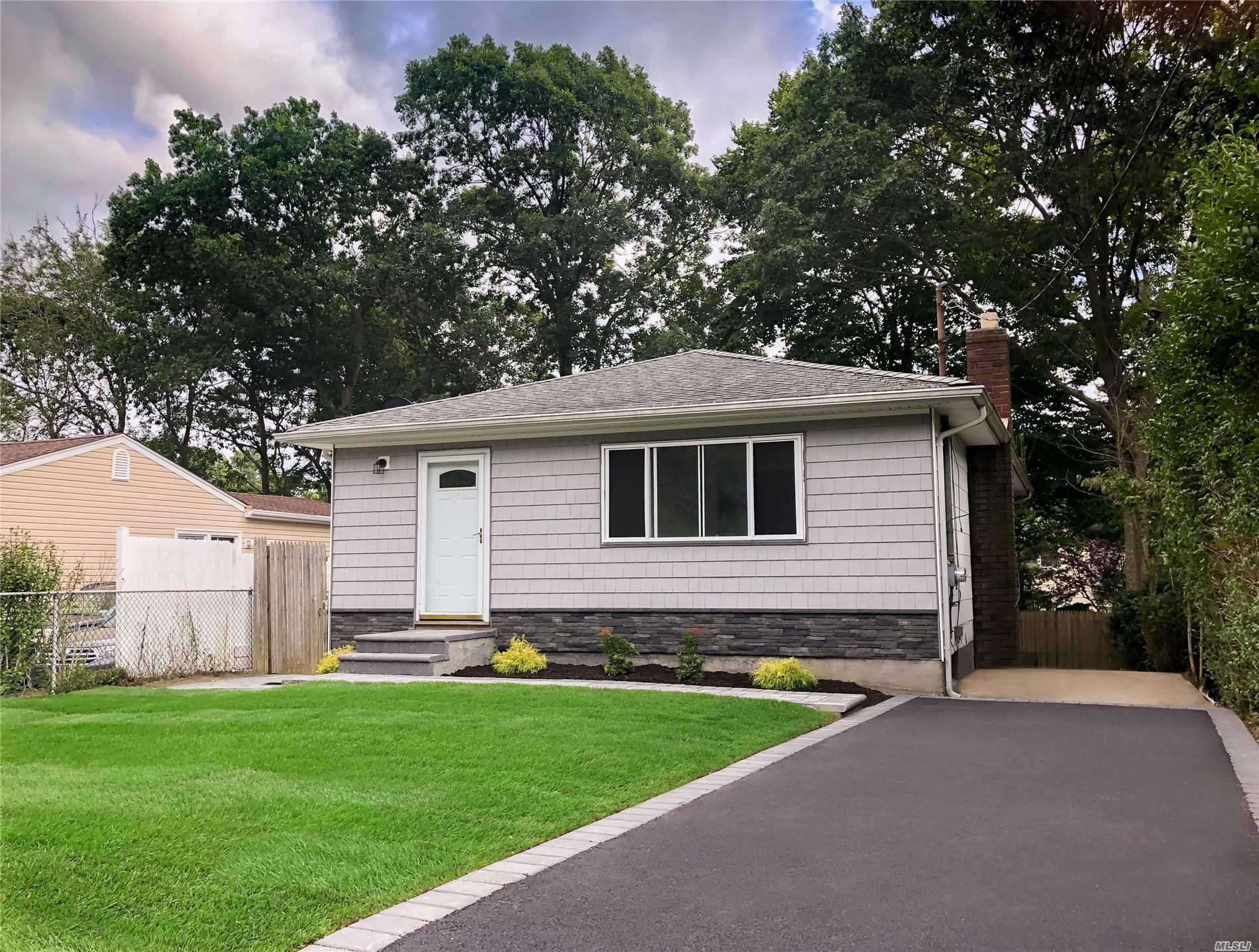 Renovated / Turn Key Ready Perfect 3 Bedroom 2 Bath Ranch Features Large Finished Basement Beautiful Oak Wood Floors Throughout. New Kitchen New Heating System  Large Rear Deck For Entertainment , New Siding , New Driveway / Brick Work , Quiet Mid Block Location Close To Shopping Transportation & North Shore Beaches