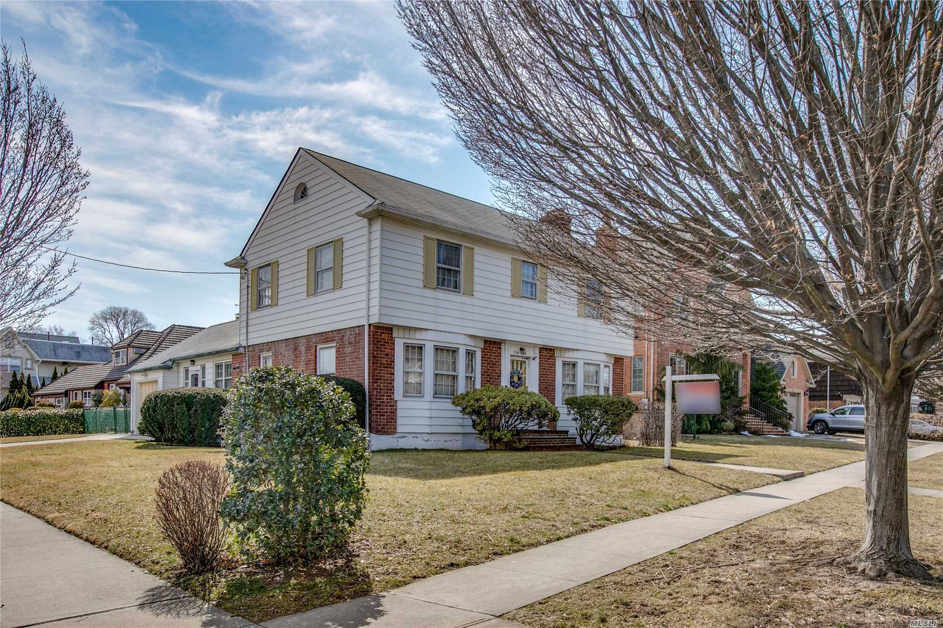 Classic Center Hall Colonial In Beautiful Weeks Woodland Of Bayside. Spacious Large Rooms With Hi Ceilings. Living Room Wood Burning Fireplace , Huge Formal Dining Room. Eik With Separate Butlers Pantry. Great Opportunity For Build Your Dream Mansion With 7500 Sqft Lot. . Location!!!Location!!!Location!!! Make This Unique property Your Dream Home.